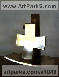 Architectural Sculpture by sculptor artist Colin Figue titled: '2nd Order of cross' in Bronze
