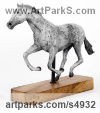 Bronze on wood base Horse Sculpture / Equines Race Horses Pack HorseCart Horses Plough Horsess sculpture by sculptor Cynthia Lewis titled: 'Galloping Horse (Little Small Bronze Grey Desk Top sculptures)'