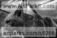 Bronze Cats sculpture by David Mayer titled: 'Eurasian Lynx (life size bronze Big Wild Cat statuette statue)'