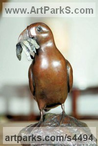 Bronze Penguins Puffins Auks sculpture by sculptor Eddie Hallam titled: 'Puffin with Fish (Standing Bronze Indoor Tabletop statuettes)'