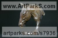 Bronze Horse Head or Bust or Mask or Portrait sculpture statuettes statue figurines sculpture by Edward Waites titled: 'Horse Head (Frankel)'