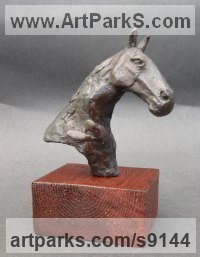 Bronze Horse Head or Bust or Mask or Portrait sculpture statuettes statue figurines sculpture by Elliot Channer titled: 'Horse Head'