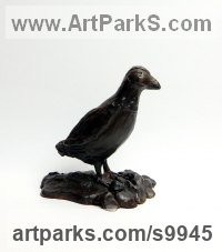 Bronze Water Birds / Water Fowl / Seabirds / Waders sculpture by Elliot Channer titled: 'Puffin'