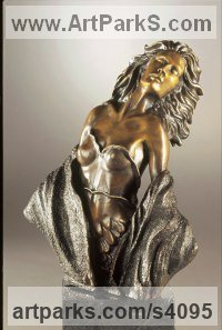 Bronze Human Figurative by Felix Velez titled: 'Morning Breeze (Little/Small Bronze sculpture of Women/Nymph/Vesper)'