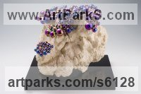 Stainless Steel beads, Tree Burl, Bronze Colourful Polychrome Sculpture Multi-Coloured sculpturettes statuary sculpture by sculptor Xinmin Fu titled: 'Sprout 3 (Small Interior Contemporary Bubbles sculpture)'