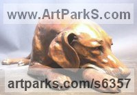 Bronze Dogs sculpture by Gill Parker titled: 'Labrador (Dozing Lying Golden Labradors sculptures)'