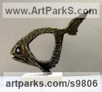 Bronze Sea Fish sculpture by Goran Gus Nemarnik titled: 'Fish with no name (abstract Bronze Fish statuette)'