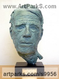 Foundry bronze Portrait Sculptures / Commission or Bespoke or Customised sculpture by Graham High titled: 'ROBERT FROST (Finely Moddled Portrait Bust sculpture)'