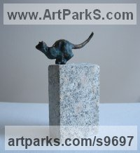 Bronze, travertine Cats sculpture by Helle Rask Crawford titled: 'Cat about to Pounce (Leap or Jump sculpture)'