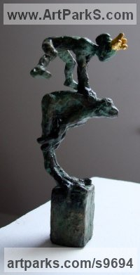 Bronze, gold Nudes, Female sculpture by Helle Rask Crawford titled: 'FrogLeap with Princess (Little Fun Indoor statue)'