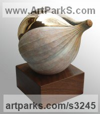 Vegetable Sculpture / Statues / statuettes by sculptor artist James Matthews titled: 'Allium Sativum (Bronze Outsize Garlic Vegetable statuette ornament)' in Bronze