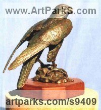 Bronze Predators Carnivores Hunters Flesh Eaters Sculptures Statues statuettes carvings sculpture by Jan Sweeney titled: 'Peregrine'