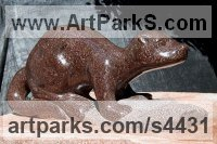 Tennessee Marble Badger, Otter, Beaver, Weasel, Stoat, Pine Martin, Wombat sculpture by sculptor Jeff Birchill titled: 'Morning Catch - (River Otter Minimalist marble statue)'
