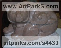 Tennessee Marble Love / Affection sculpture by Jeff Birchill titled: 'Mother and Cub (Carved marble Bear and Baby statues)'