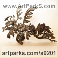 Bronze Sea Fish sculpture by Kirk McGuire titled: 'Leafy sea dragon Bronze sculpture (Horizonal version)'