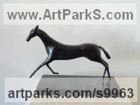 Bronze Figurative Abstract Modern or Contemporary Sculptures Statues statuary statuettes figurines sculpture by Liubka Kirilova titled: 'Running Horse'