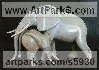 Lost Wax Bronze Elephants (Pachederms) Sculptures, African, Indian, Sumatran sculpture by Loet Vanderveen titled: 'Loet Vanderveen Tender Elephants (Mother and Calf statue)'