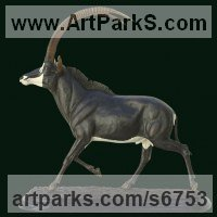 Bronze Antelope sculpture by Luis Valadares titled: 'Royal Sable Antelope (Bronze Metal Horned Bull statue statuette)'