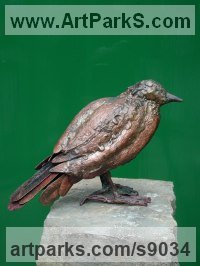 Copper Wild Bird sculpture by Lynn Mahoney titled: 'Mr Crow'