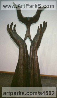 Bronze Wall Mounted or Wall Hanging sculpture by sculptor Margot McMahon titled: 'Arriba (Bronze Bird Returning to Pair Hands sculptures/statuettes)'