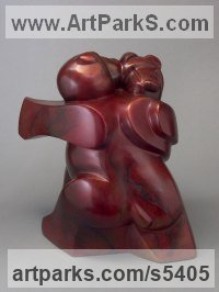 Bronze Bears sculpture by sculptor Mark Yale Harris titled: 'Bear Tango (Small Modern Dancing Teddies Satuette)'