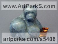Bronze Bears sculpture by Mark Yale Harris titled: 'Caught (Bronze Contemporary Brown Bear sculpture)'