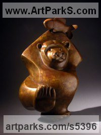 Bronze Bears sculpture by Mark Yale Harris titled: 'Got It (Small abstract Bear and Fish Catch statue)'