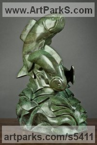 Bronze Abstract Fish sculpture by sculptor Mark Yale Harris titled: 'On the Run (Bronze Fish Swimming Modern statuette)'