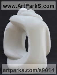 Marble resin Love / Affection sculpture by Marko Humphrey-Lahti titled: 'White Hugging Couple XX'