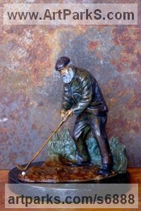 Bronze Male Men Youths Masculine Statues Sculptures statuettes figurines sculpture by Michael J Mawdsley titled: 'St. Andrews (Golfer Tom Morris statue figurine)'