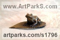 Bronze Resin Animals in General sculpture sculpture by sculptor Moira Purver titled: 'Frog on a Leaf'