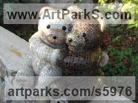 Resine Bears sculpture by sculptor Nadège Gesvres titled: 'tendresse (Embracing (Mosaic Pair of Teddy Bears sculpture or statuette)'