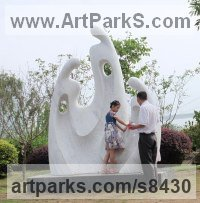 Marble Public Art sculpture by Nando Alvarez titled: 'Family II (Big Carved marble Contemporary sculptures)'