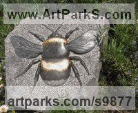 Weardale limestone, gold leaf Small Animal sculpture by Peter Graham titled: 'white tailed bumble bee'