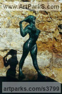 Bronze Nudes, Female sculpture by sculptor Peter Lyell Robinson titled: 'Privacy - life size'