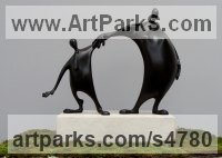 Bronze Couples or Group sculpture by Plamen Dimitrov titled: 'Friends (Miniature Small Meeting abstract statuette)'