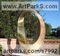 Bronze Monumental sculpture by Plamen Yordanov titled: 'Infinity (Big/Large Outdoor Urban Park sculpture)'