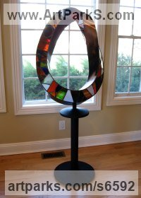 Leaded stained glass sculpture, bronze Kinetic or Mobile Sculpture or Statue sculpture by Plamen Yordanov titled: 'SG Mobius'