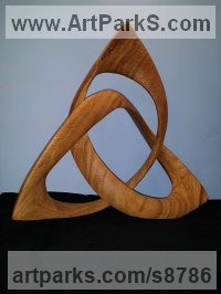 Oak Wood Celtic Knot Work and Traditional sculpture by sculptor Robert Coia titled: 'Celtic Triple Knot in Oak'