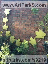 Steel Fabricated Metal Abstract sculpture by Roland Lawar titled: 'Everyone loves the sunshine'