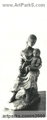 Parent - Child Sculpture by sculptor artist Sheila Mitchell titled: 'Mother and Child' in Bronze