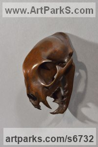 Bronze Cats Wild and Big Cats sculpture by Simon Gudgeon titled: 'Bobcat (Bronze Head/Skull/Trophy/Mask statue/statuette)'