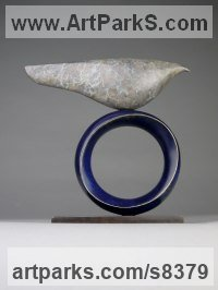 Bronze Animal Abstract Contemporary Modern Stylised Minimalist sculpture by Stephen Page titled: 'Venus Bird (Minimalist Simplified Little statuettes)'
