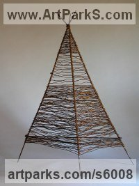 Wire Indoor Inside Interior Abstract Contemporary Modern Sculpture / statue / statuette / figurine sculpture by sculptor Tabitha Sheehn Davis titled: 'Large Trihedron (Little/Small Wire Pyramid Indoor statue/satatuettte)'