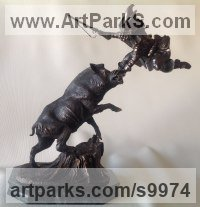 Bronze Small Animal sculpture by Vitaliy Semenchenko titled: 'Wild Boar Hunt (Bronze and Hunter statuettes)'