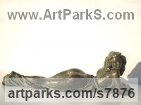 Bronze Sculptures of females by Vittorio Tessaro titled: 'Lying nude'