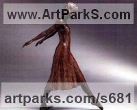 Ballet Dancer Ballerina Classical Dance Sculpture Statues statuettes Figurines by sculptor artist Vivien Mallock titled: 'Dolce Bronze (Girl/Adolescent/Young female Ballet Dancer statue)' in Bronze