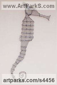 Chickenwire Steel Mesh Aquatic Sculptures Fish / Shells / Sharks / Seals / Corals / Seaweed sculpture by sculptor William Ashley-Norman titled: 'Seahorse (Chicken Wire Wall Hung sculptures)'