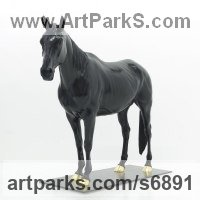 Bronze Precious Metal Precious stone Sculpture Statue Ornament Figurine Statuette sculpture by Wrightson and Platt titled: 'Equestrian sculpture (Bronze Horse Custom statue)'